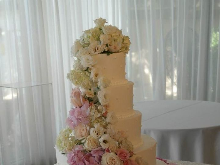 Tmx 1460290029085 Bridal15 Dallas, Texas wedding cake