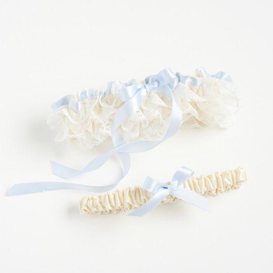 romantic lace wedding garter the garter girl 1 800