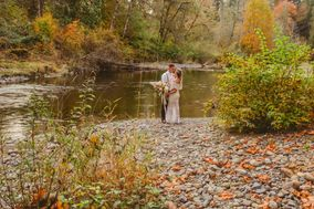 Rivers Edge B&B and Wedding Venue