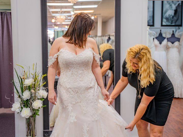 Tmx Unique Bridal Photos 10 51 639695 157773066783487 Auburn, MI wedding dress