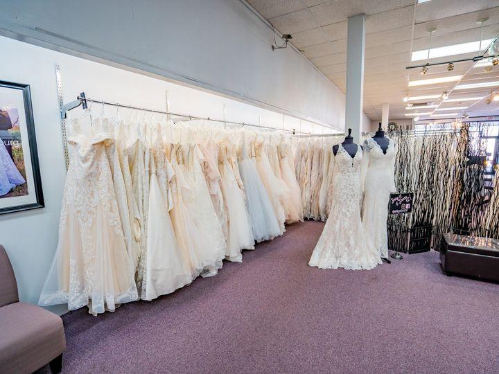 Tmx Unique Bridal Photos 15 51 639695 157773061823821 Auburn, MI wedding dress