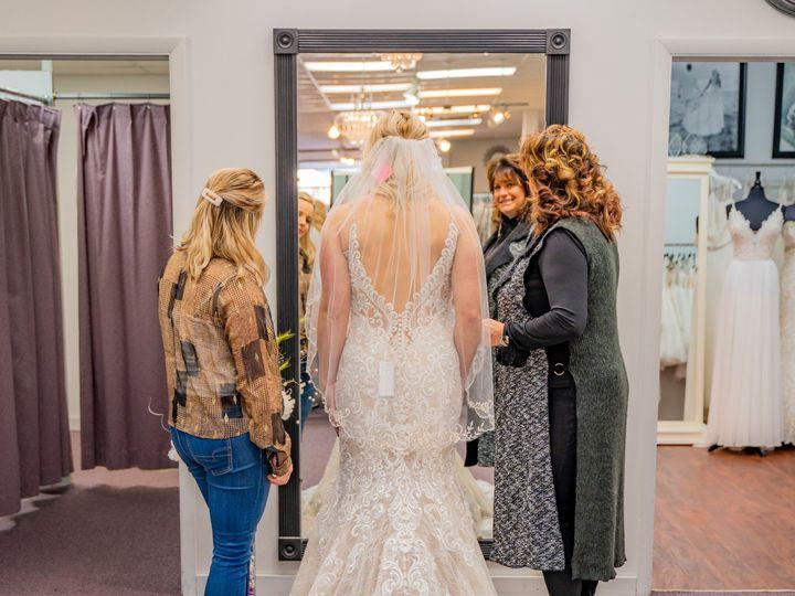 Tmx Unique Bridal Photos 6 51 639695 157773062939851 Auburn, MI wedding dress