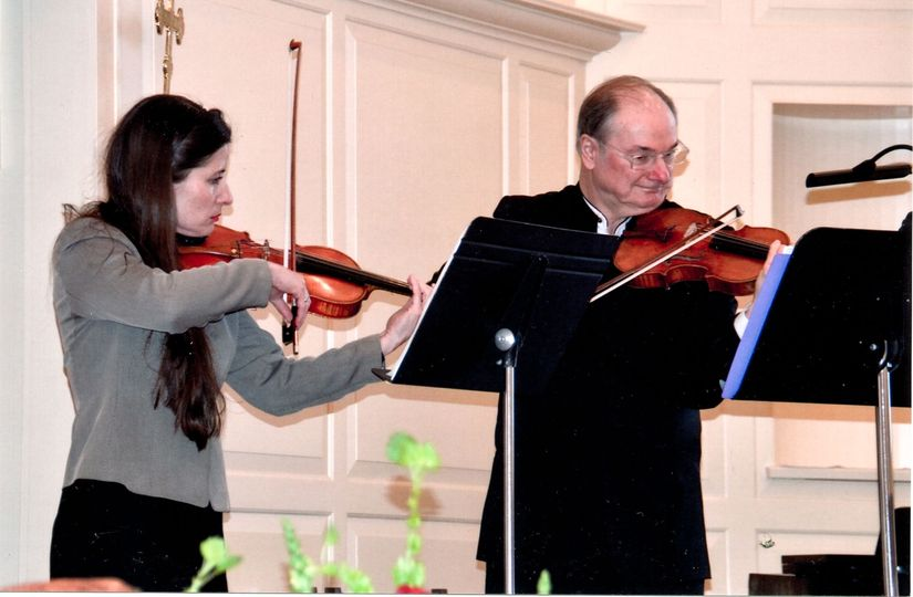 Violinists in action