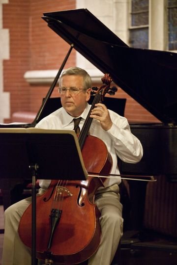 Cellist William Cernota