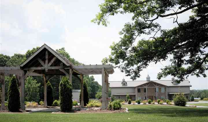 The Barn At Spring Lake Farms Venue Portland Tn Weddingwire