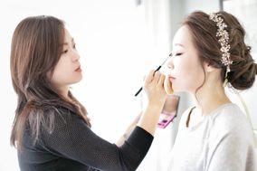 Say Makeup Artist
