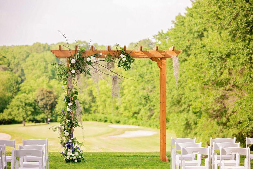 1st Tee Wedding Arbor