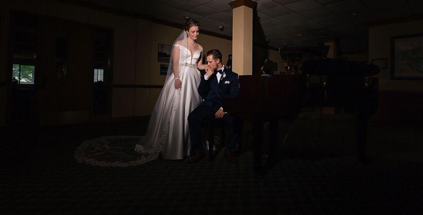 Bride & Groom at Lobby Piano
