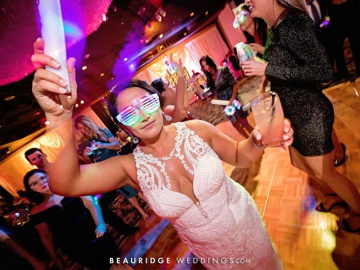 Tmx Bride In Ocean Nicmoyn5 51 727795 160737365633952 Atlantic City, NJ wedding venue