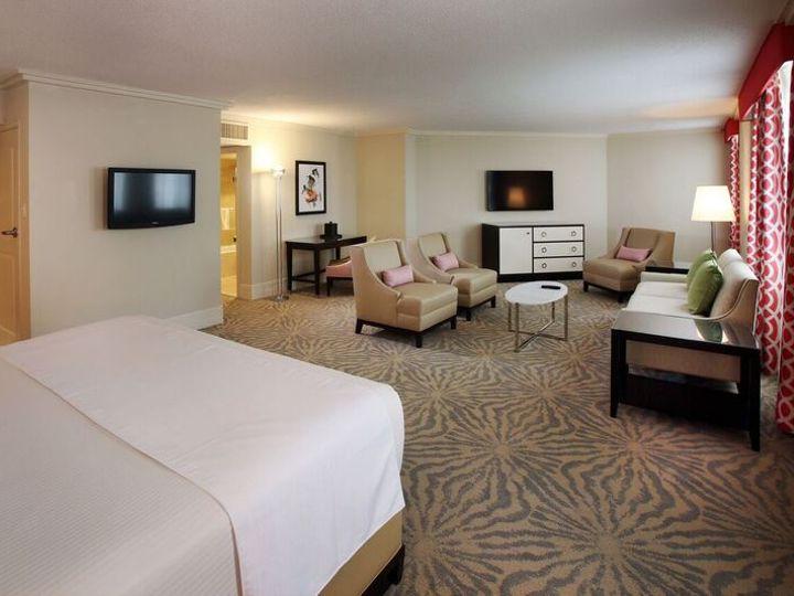 Tmx Ocean Tower Coral Suite 7 17 51 727795 160737347793682 Atlantic City, NJ wedding venue