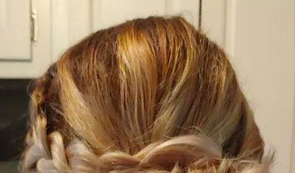 Hott mess hair studio