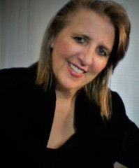 Lisa Erhard/  owner