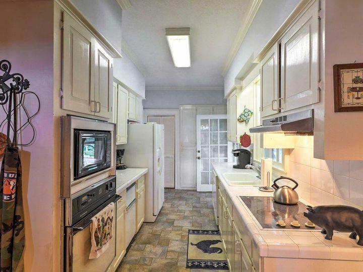 Historic white oaks kitchen