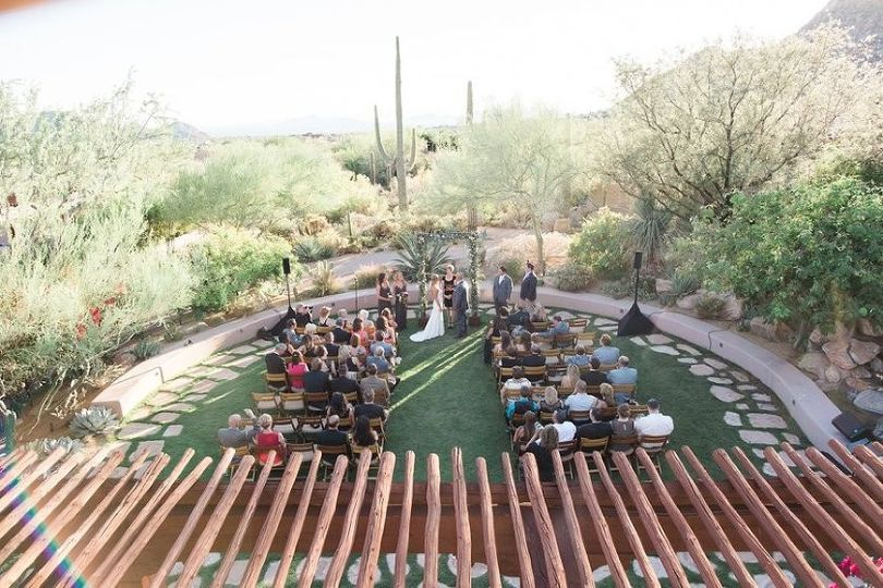 Spectacular fall desert wedding at the Four Seasons, Scottsdale. Gretchen Wakeman Photography.
