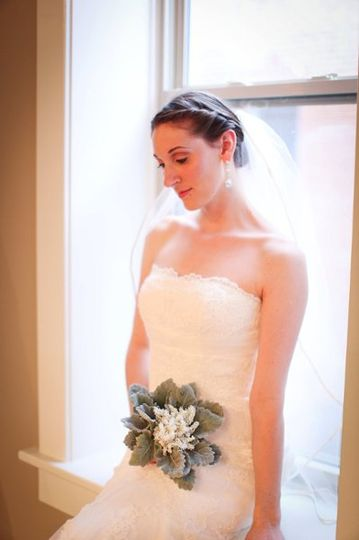 Kate Marie PhotographyDora Grace: DressNature's Grace Design: Flowers