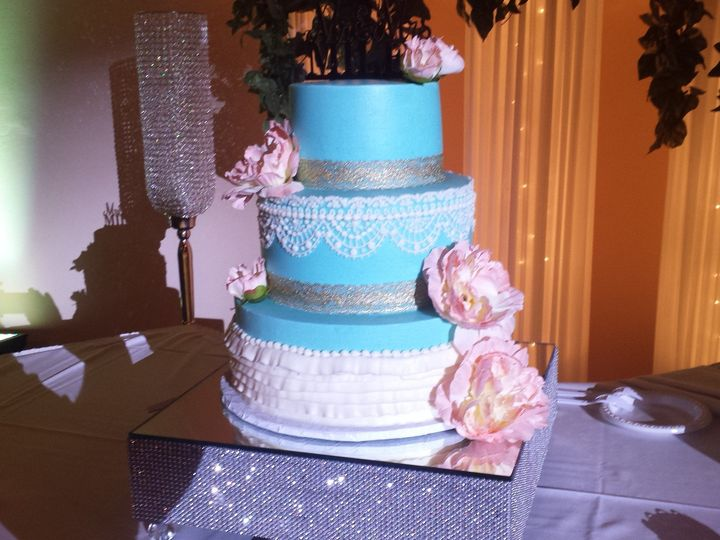 Tmx 1492793014285 20160610194552 Greenwood, Indiana wedding cake