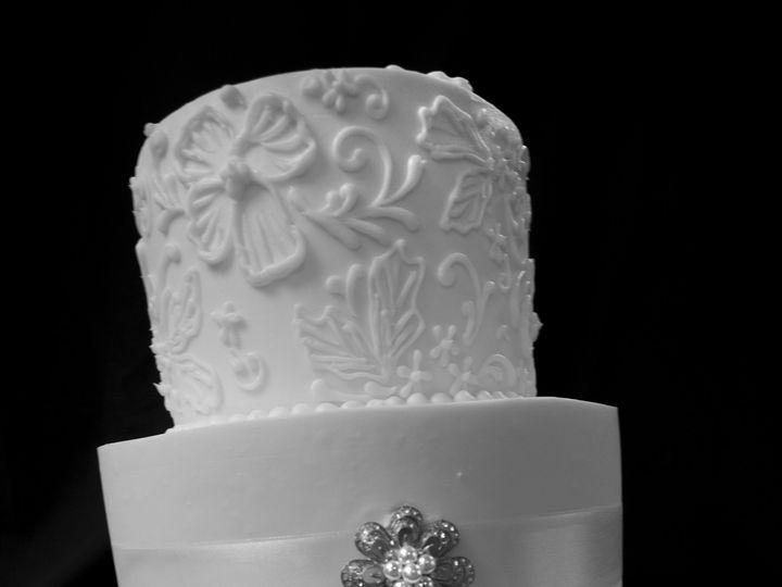 Tmx 1492793030164 Bandw Greenwood, Indiana wedding cake