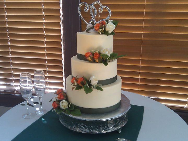 Tmx 1492793060852 Imag0051 Greenwood, Indiana wedding cake