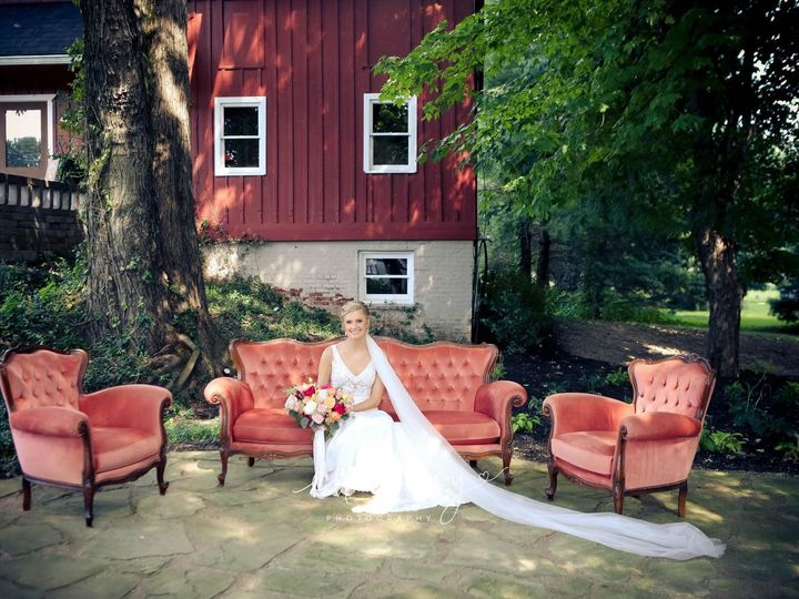 Tmx 482139f4 42ba 4321 9e84 0fde41d44b6f 51 443895 160245060618203 Carmel, Indiana wedding beauty