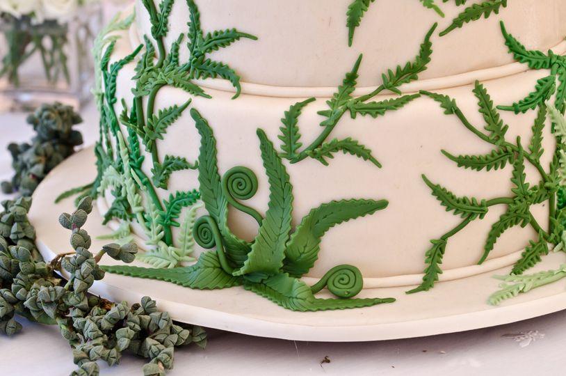 Fern cake detail