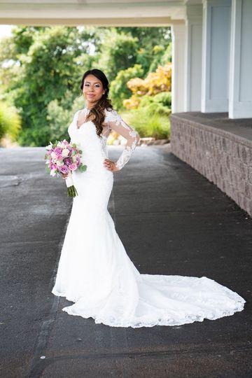Soft side bridal hair