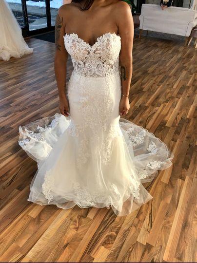 Sincerity wedding gown