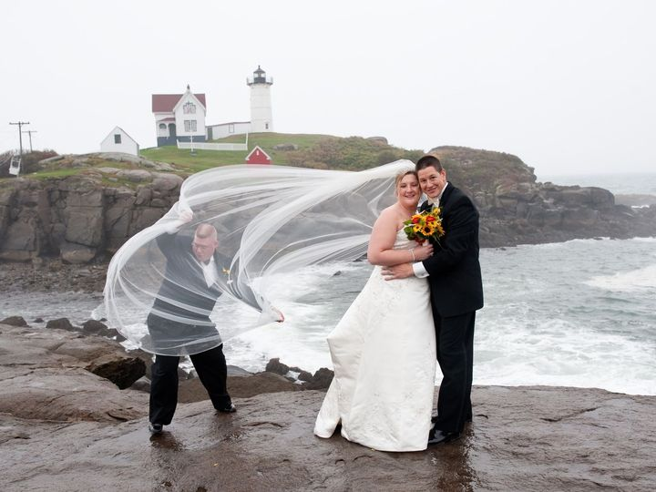 Tmx 1523038720 C980f99048a06e03 1523038719 700d261fddff0b07 1523038704272 2 0485 Cape Neddick wedding photography