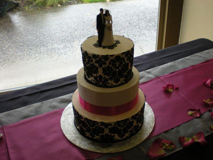 Tmx 1395642841834 Raindrop002 Port Angeles wedding cake