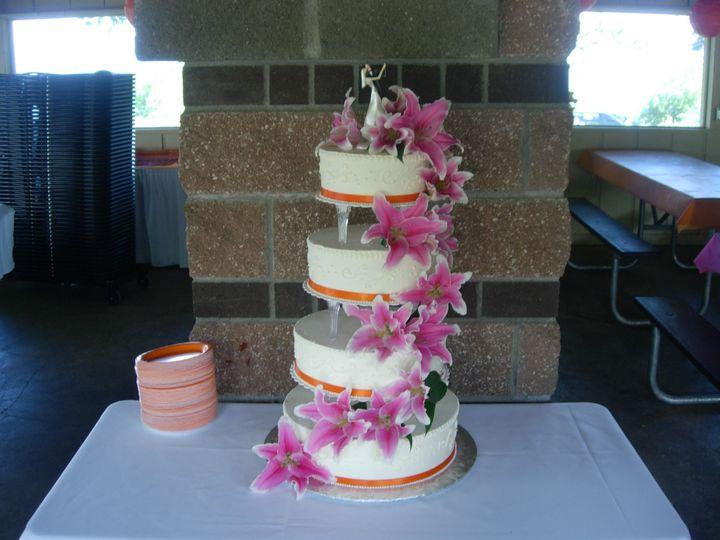 Tmx 1395643691301 Raindrop002 Port Angeles wedding cake