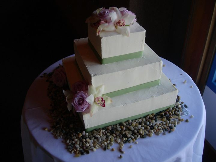 Tmx 1395643773303 Raindrop003 Port Angeles wedding cake