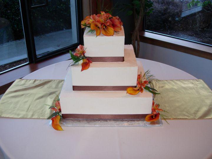 Tmx 1395643807784 Raindrop003 Port Angeles wedding cake