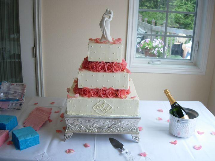 Tmx 1395643856064 Raindrop004 Port Angeles wedding cake
