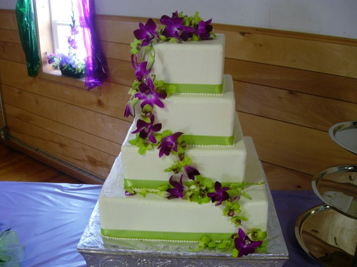 Tmx 1395643881302 Raindrop004 Port Angeles wedding cake