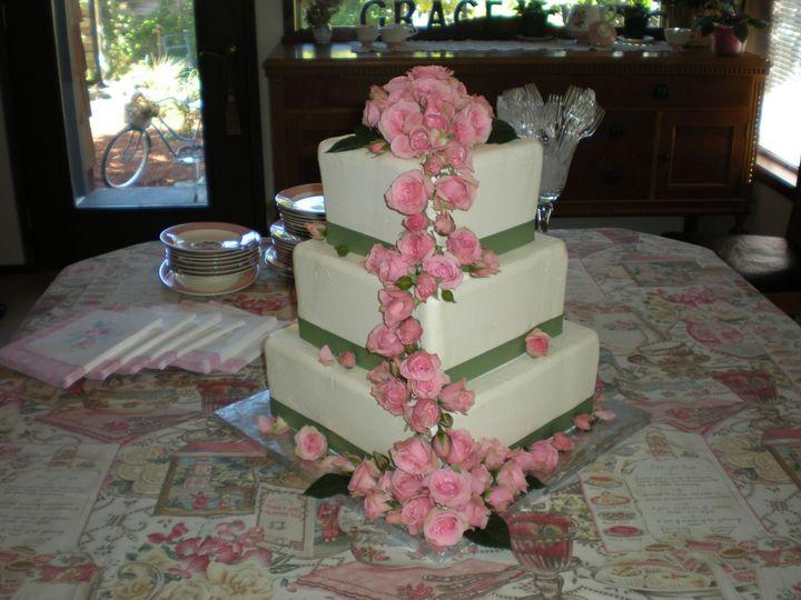 Tmx 1395643894278 Raindrop004 Port Angeles wedding cake