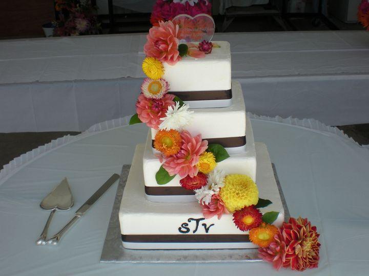 Tmx 1395643954653 Raindrop005 Port Angeles wedding cake