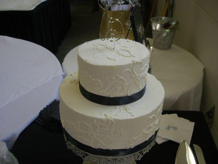 Tmx 1395644017154 Raindrop005 Port Angeles wedding cake