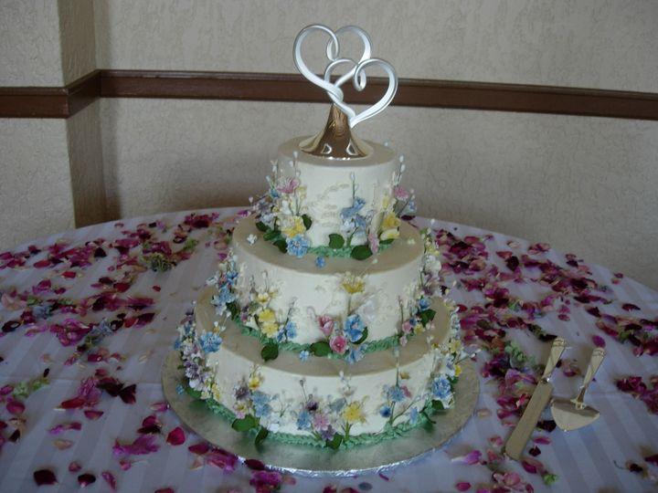 Tmx 1395644029503 Raindrop005 Port Angeles wedding cake