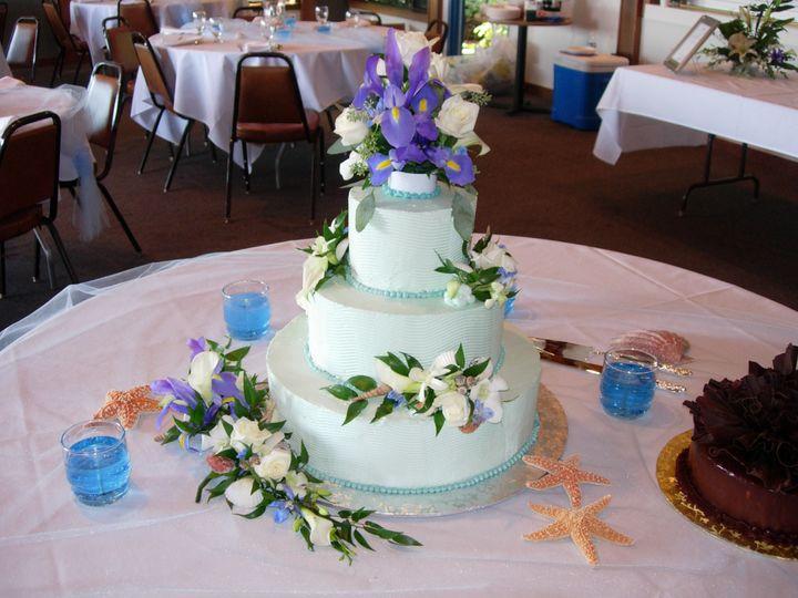 Tmx 1395644071392 Raindrop006 Port Angeles wedding cake