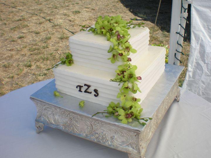Tmx 1395644137109 Raindrop006 Port Angeles wedding cake