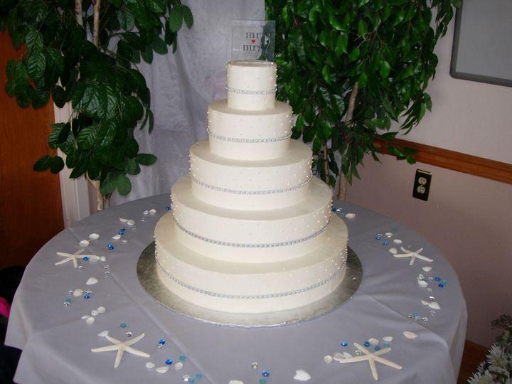 Tmx 1395644172142 Raindrop006 Port Angeles wedding cake