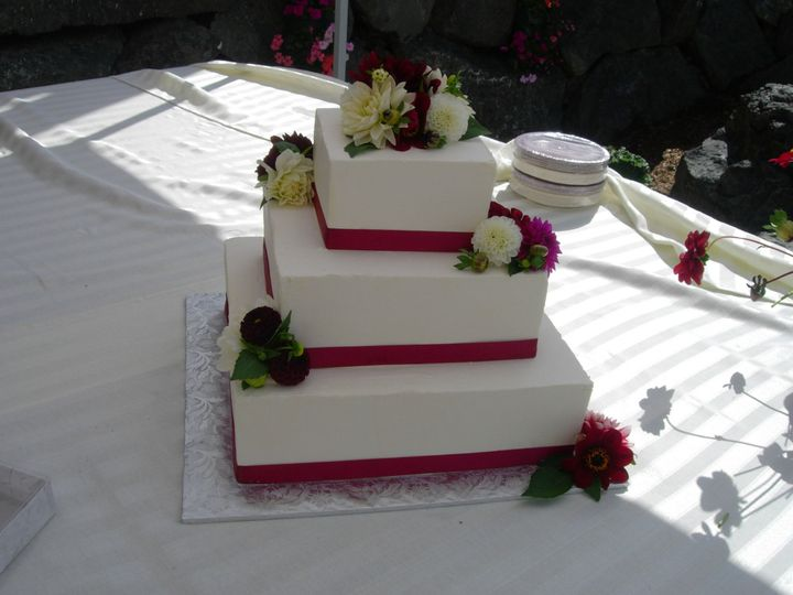 Tmx 1395644184195 Raindrop006 Port Angeles wedding cake