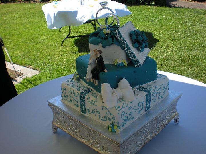 Tmx 1395644210492 Raindrop007 Port Angeles wedding cake