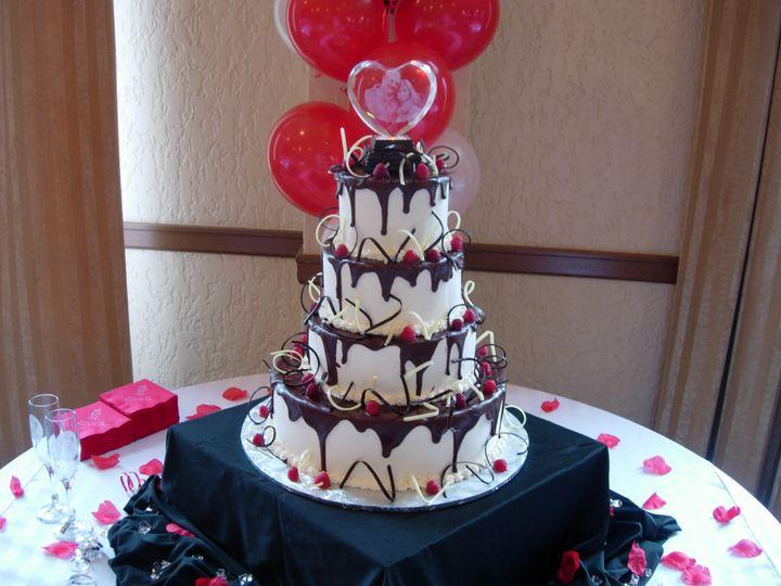 Tmx 1395644278504 Raindrop007 Port Angeles wedding cake