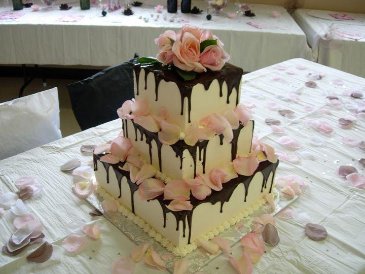 Tmx 1395644290928 Raindrop007 Port Angeles wedding cake