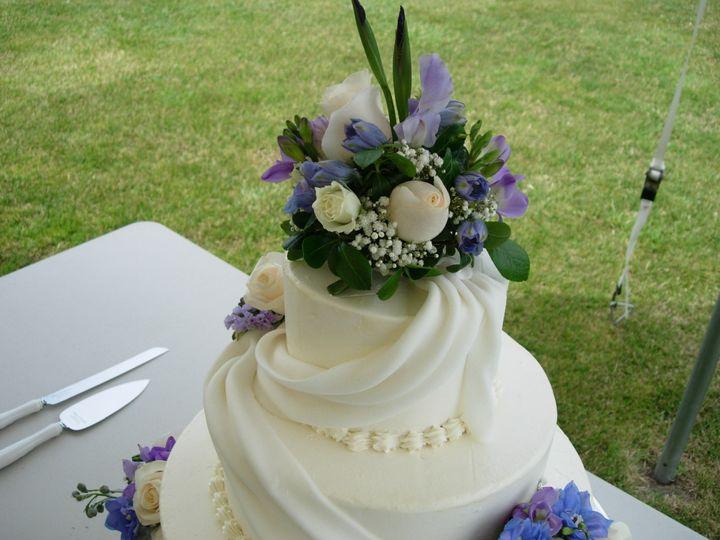 Tmx 1395644302880 Raindrop007 Port Angeles wedding cake