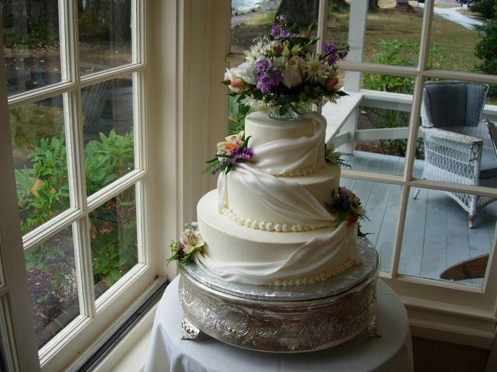 Tmx 1395644316306 Raindrop007 Port Angeles wedding cake