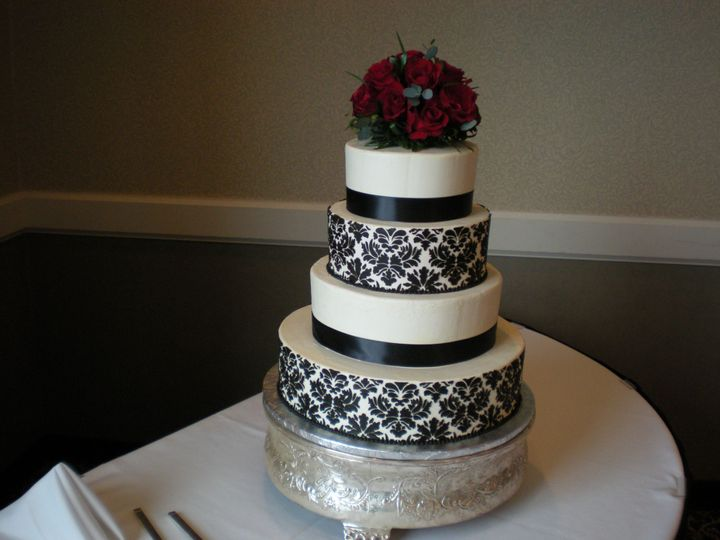 Tmx 1395644331781 Raindrop008 Port Angeles wedding cake
