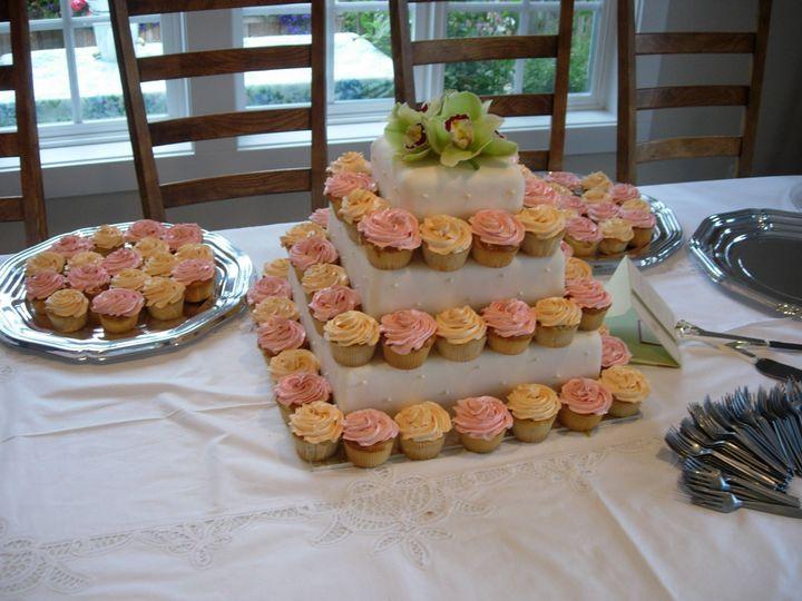 Tmx 1395644357888 Raindrop008 Port Angeles wedding cake