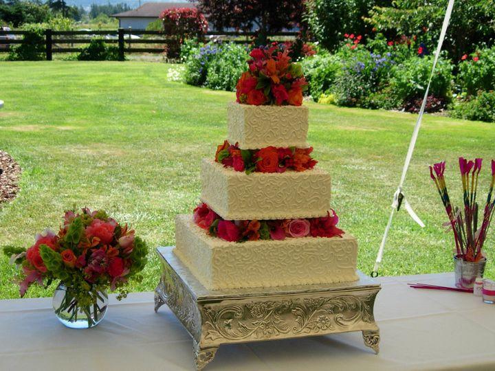 Tmx 1395644373102 Raindrop008 Port Angeles wedding cake