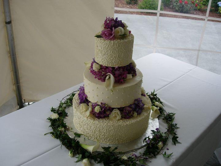 Tmx 1395644384916 Raindrop008 Port Angeles wedding cake